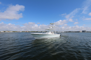 Lit Up is a Regulator 34 SS Yacht For Sale in Orange Beach-34 Regulator CC-32