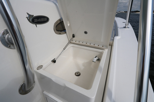 Lit Up is a Regulator 34 SS Yacht For Sale in Orange Beach-34 Regulator CC-24