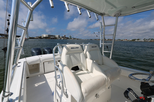 Lit Up is a Regulator 34 SS Yacht For Sale in Orange Beach-34 Regulator CC-16