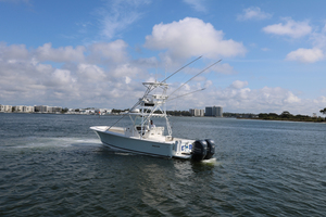 Lit Up is a Regulator 34 SS Yacht For Sale in Orange Beach-34 Regulator CC-4