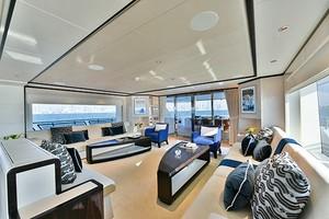MAJESTY 120 is a Majesty Yachts Raised Pilothouse Yacht For Sale-Salon-4