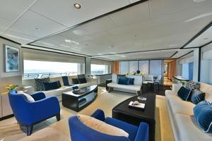 MAJESTY 120 is a Majesty Yachts Raised Pilothouse Yacht For Sale-Salon-3