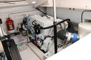 Tiara 43 - Ceviche - engine