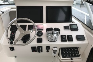 Intrepid 43 - Conched Out - Helm Station