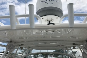 Intrepid 43 - Conched Out - Rod holders
