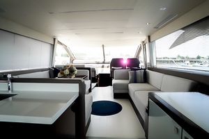 66 Sunseeker Salon