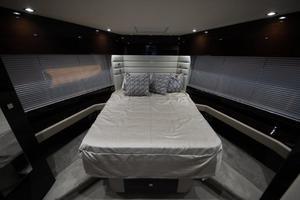 Sunseeker 66 - VIP Stateroom