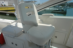 No Name is a Albemarle 25 Express Yacht For Sale in Galveston-Albemarle 25 Express 2017-13