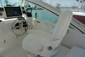 No Name is a Albemarle 25 Express Yacht For Sale in Galveston-Albemarle 25 Express 2017-14
