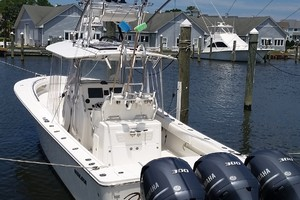 Triple J is a Regulator 34 Center Console Yacht For Sale in Manteo --22