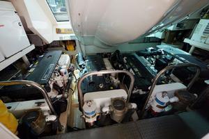 75 Lazzara Engine Room