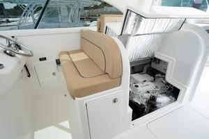 helm-seating