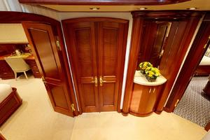 WONDER is a Crescent Raised Pilothouse Yacht For Sale in West Palm Beach-Guest Foyer-38