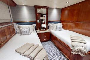 WONDER is a Crescent Raised Pilothouse Yacht For Sale in West Palm Beach-Stbd Guest Stateroom w Pullman-42