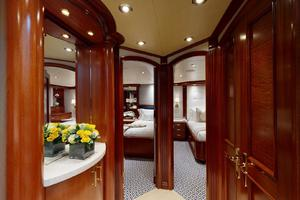 WONDER is a Crescent Raised Pilothouse Yacht For Sale in West Palm Beach-Guest Foyer-39