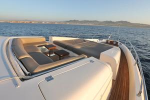 Andreika is a Azimut Flybridge Yacht For Sale in Cabo San Lucas--38