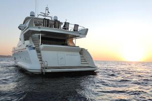 Andreika is a Azimut Flybridge Yacht For Sale in Cabo San Lucas--12