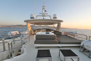 Andreika is a Azimut Flybridge Yacht For Sale in Cabo San Lucas--15