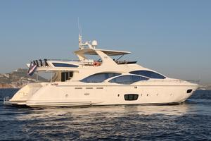 Andreika is a Azimut Flybridge Yacht For Sale in Cabo San Lucas--10
