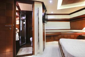 Andreika is a Azimut Flybridge Yacht For Sale in Cabo San Lucas--58
