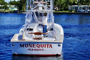 L&H 33 - Munequita - Stern Profile