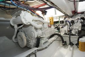 L&H 33 - Munequita - Engine