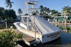 L&H 33 - Munequita - At Dock