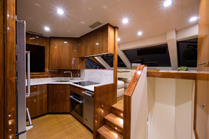 viking-75-2016-enclosed-bridge-Forward Lounge
