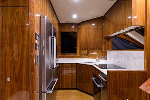 viking-75-2016-enclosed-bridge-Galley