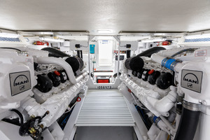 1998 58 Viking Engine Room