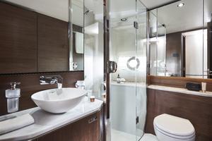 S66 Interior Starboard Bathroom Walnut Satin