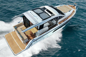 Picture Of a 2022 Sealine 33 C335 Motor Yachts   1628179