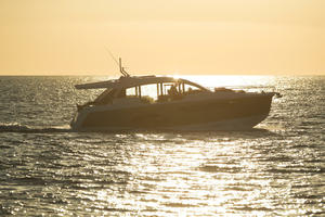 Picture Of a 2022 Sealine 52 C530 Motor Yachts   1628306