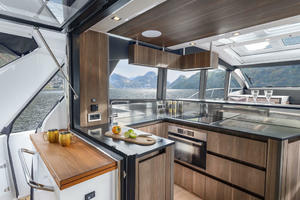 Picture Of a 2022 Sealine 52 C530 Motor Yachts   1628256