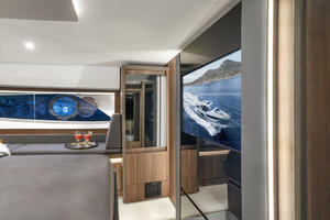 Picture Of a 2022 Sealine 52 C530 Motor Yachts   1628270
