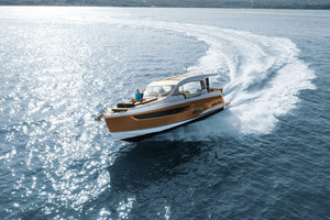 Picture Of a 2022 Sealine 39 C390 Motor Yachts | 1628470