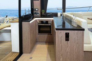 Picture Of a 2022 Sealine 45 F430 Motor Yachts | 1628528