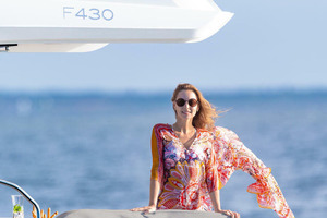 Picture Of a 2022 Sealine 45 F430 Motor Yachts | 1628551