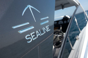 Picture Of a 2022 Sealine 33 S330 Motor Yachts | 1628636