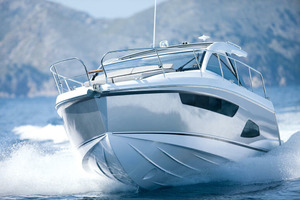Picture Of a 2022 Sealine 33 S330 Motor Yachts | 1628617