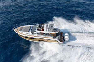 Picture Of a 2022 Sealine 33 S330v Motor Yachts | 1628653