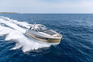 Picture Of a 2022 Sealine 33 S330v Motor Yachts | 1628658