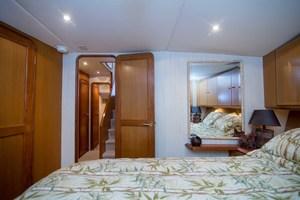 Ocean 57 - Cash Flow - Forward Stateroom