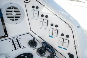 Helm Electronics