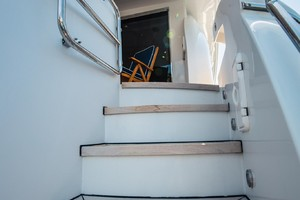 Hatteras 72 - Taz - Stairs