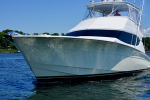 Hatteras 54 - Get Serious - Bow Profile