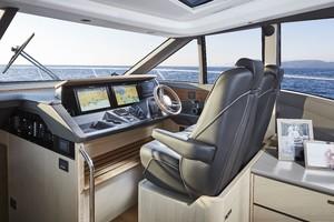 V60 Interior Helm Alba Oak Satin
