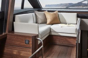 S78 Interior Helmside Seating