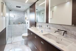 S78 Interior Owners Bathroom