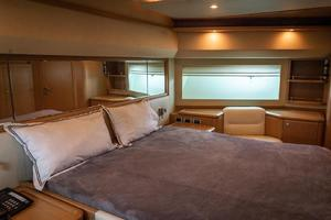 Fortis II is a Ferretti Yachts 881 Yacht For Sale in Cancun--20